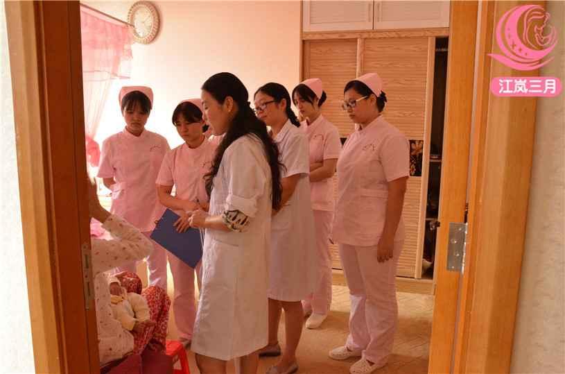 江岚三月可以给月嫂加盟的人提供哪些帮助呢?