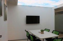 小面积办公室拎包进驻 零负担 房租物管水电全包