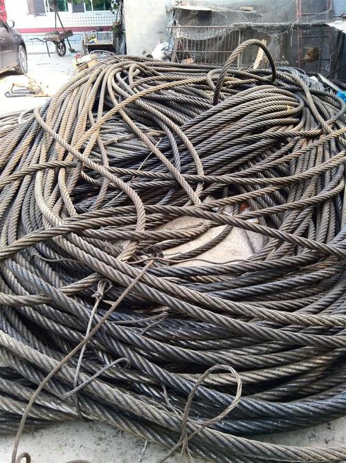 北京钢丝绳油丝绳废油电梯油丝绳废电瓶电池收购