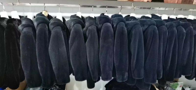 呼和浩特市高价回收貂皮大衣