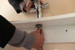 太原双塔南路上门修理更换水龙头软管电话