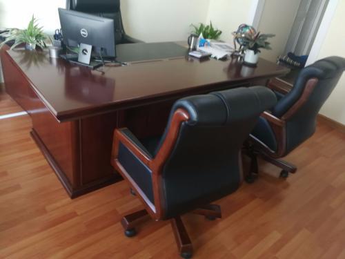 天津地区回收办公家具、沙发、椅子、会议桌、铁皮柜等