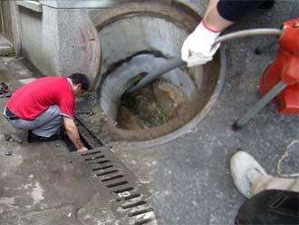 东营低价疏通马桶修改下水道高压清洗管道清淤泥化粪池